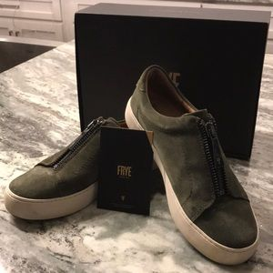 Frye Lena Suede ZIP Low 7.5